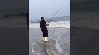 Long Island Surfcasting for Bluefish with poppers