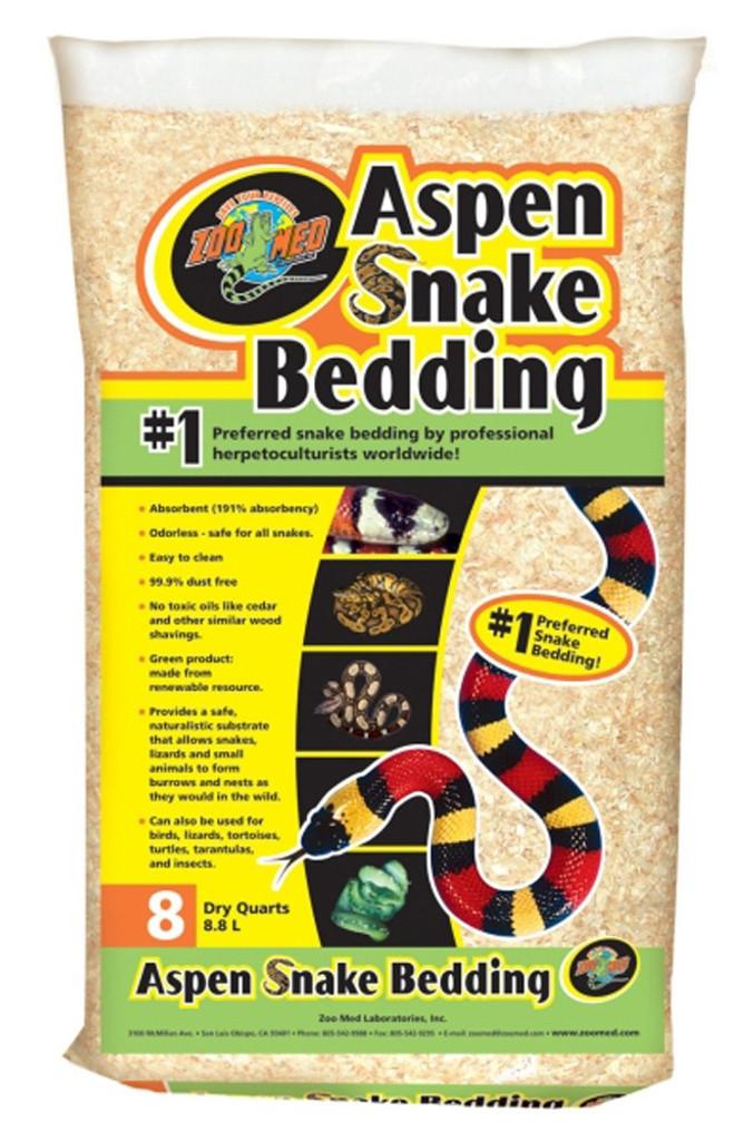 Zoo Med Aspen Snake Bedding Substrate for Snakes 8 quart