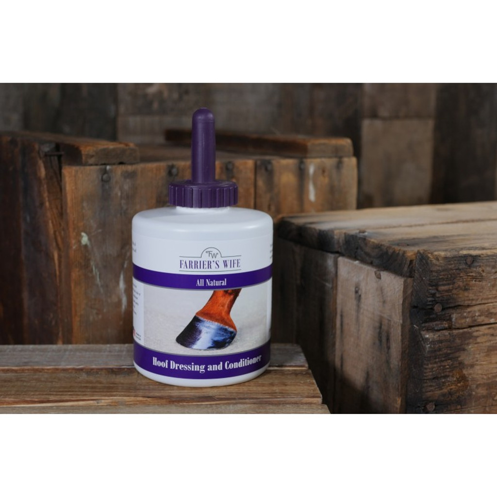 Farrier's Wife Hoof Dressing and Conditioner 30 oz Bottle with Brush for Equine