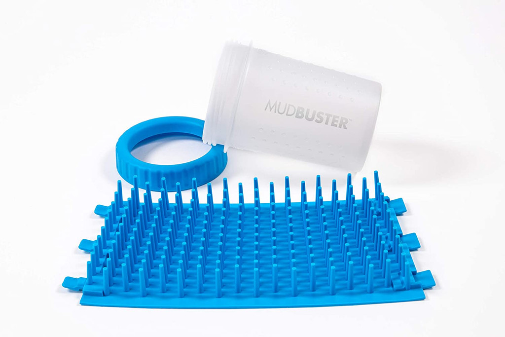 Dexas Petware Mudbuster PRO BLUE Medium 5.8 ounces | Portable Dog Paw Cleaner