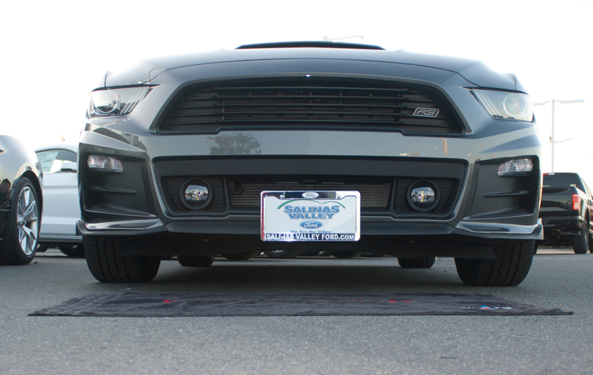 Quick Release Front License Plate Bracket For Ford Mustang Roush 2005-2009 NEW
