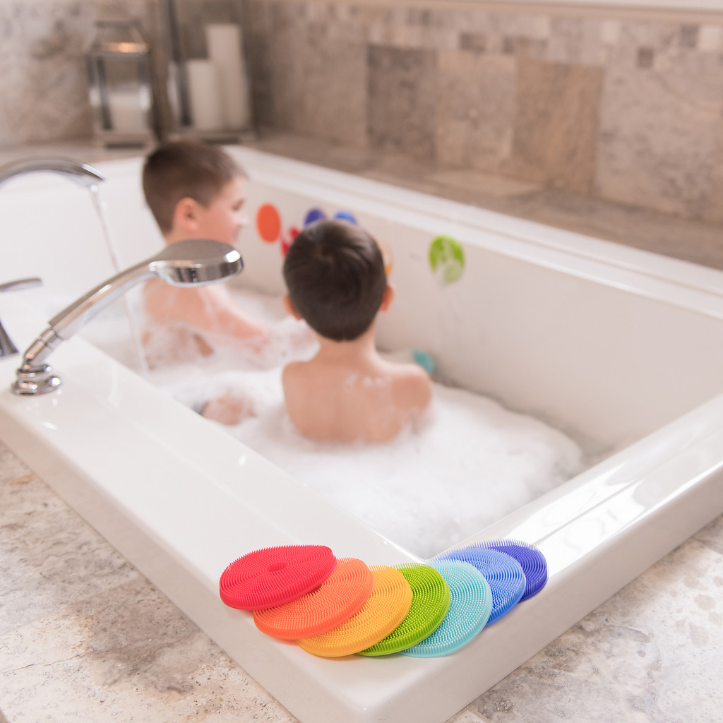 Innobaby Bathin' Smart Rainbow Spots Silicone Bath Toy and Scrub for Kids and Toddlers, 7-Pack.