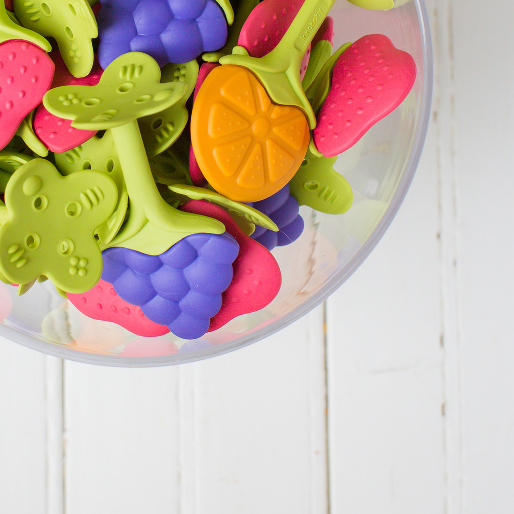 Teethin' Smart EZ Grip Fruit Teether