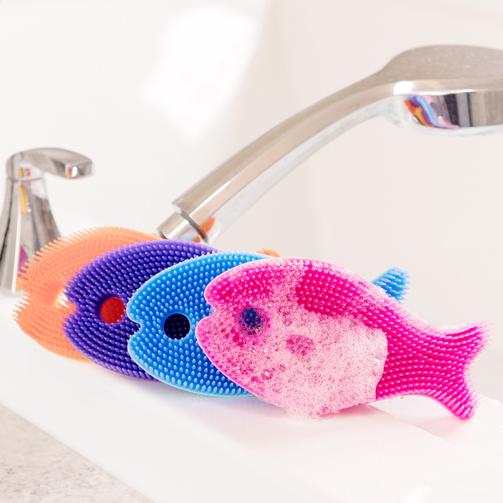 Bathin' Smart Silicone Fish Antimicrobial Bath Scrub for Babies and Toddlers