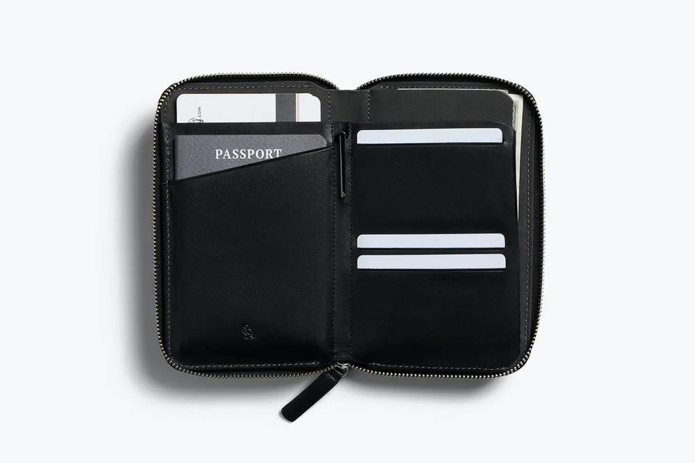 Bellroy Travel Folio Passport - Black