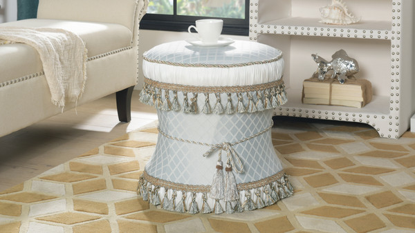 Leona Decorative Vanity Stool, Jacquard, Star White