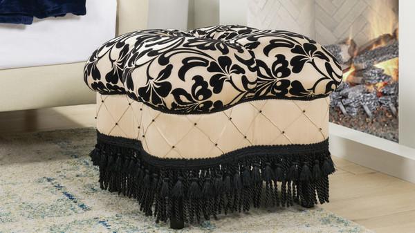 Ellen Ottoman, Black & Ivory