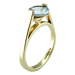 True Solitaire 9ct Gold Ring