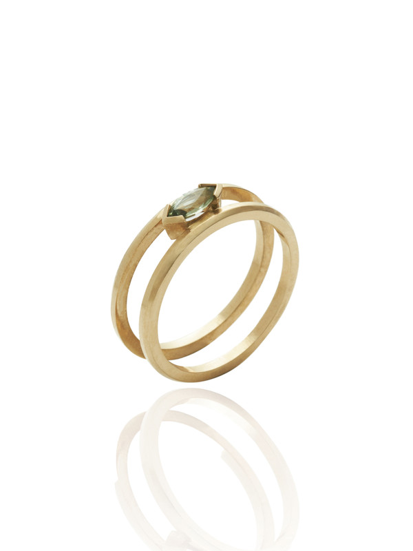 STAY 9ct Gold Ring