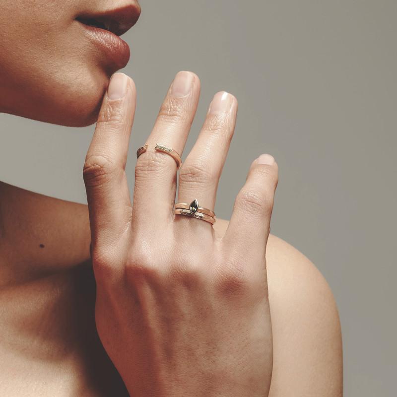 OPEN 9ct GOLD & Diamond Ring
