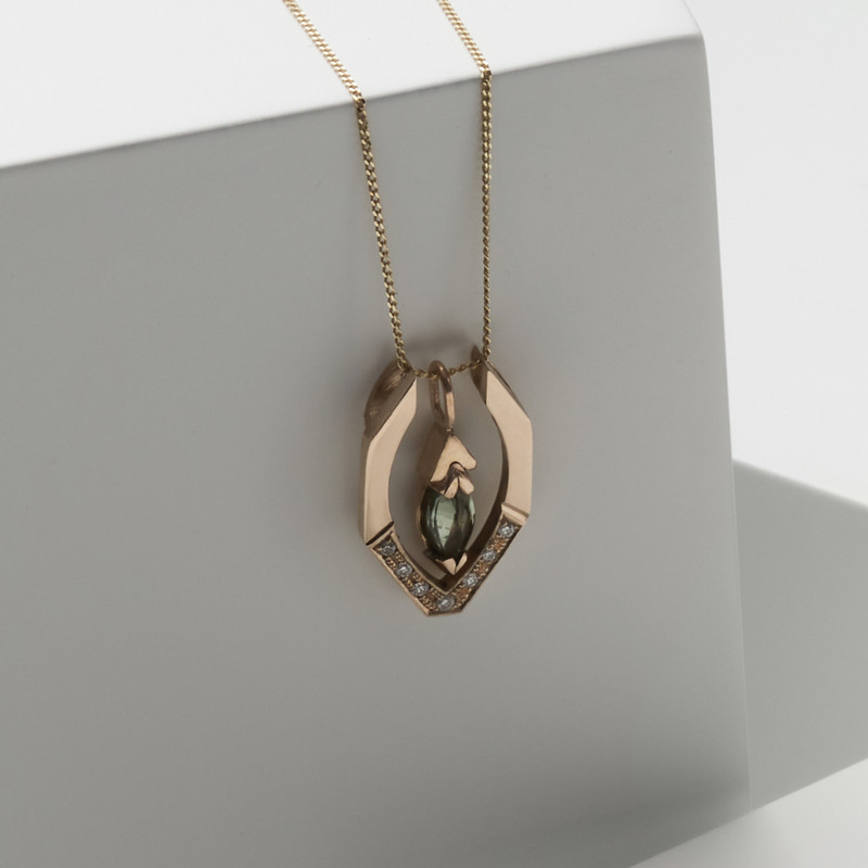 AFFINITY pendant shown here with the Marquise HARMONY pendant jacket