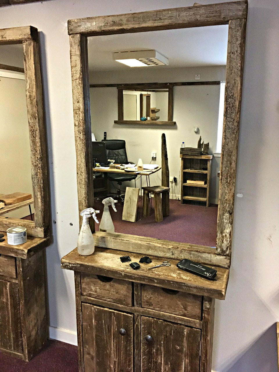 Salon Barber Shop Styling Station With Mirror For Sale