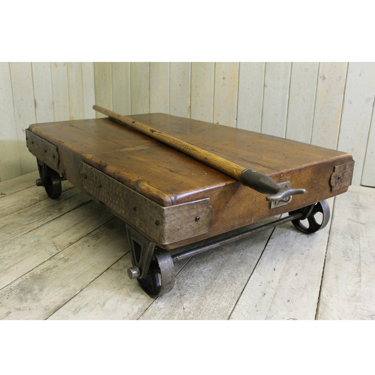 Trolley Coffee Table.Cargo Coffee Table