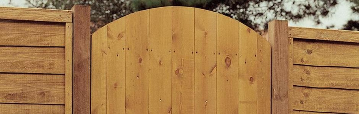 How to Install Timber Side Entrance Gates
