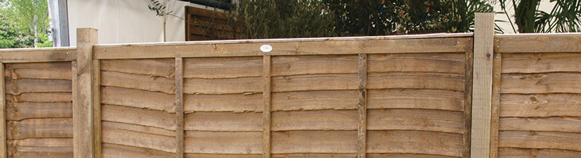 ​How Do I Replace a Fence Panel?