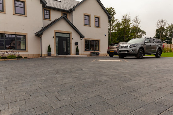Marshalls Drivesett Savanna Block Paving - Charcoal