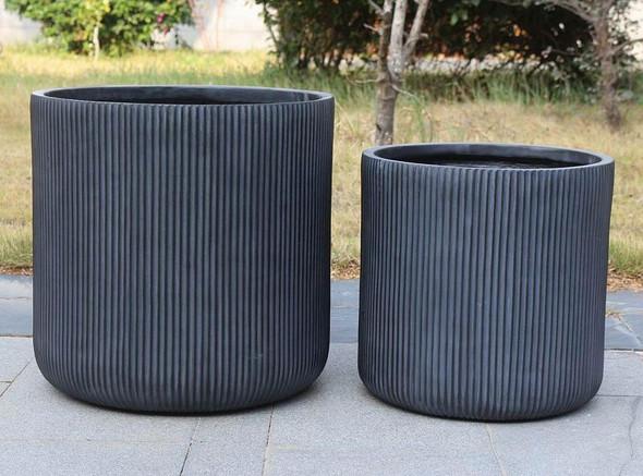 Black Fibrestone Ribbed Round Planter