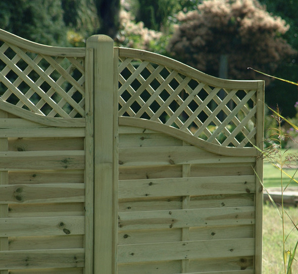 Omega Lattice Top Wing Fence Panel (1600 x 900mm) - Pressure Treated Green Timber