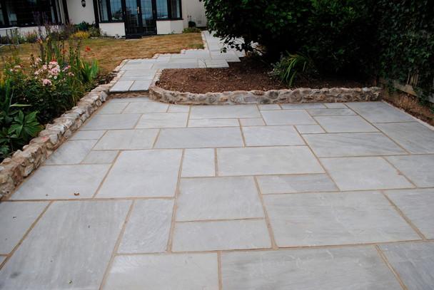 Kandla Grey Indian Sandstone Paving Slabs Project Pack (15.25sqm) - Calibrated 22mm