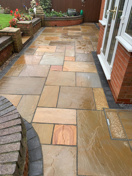Maple Blend Sandstone Patio Paving Slabs Project Pack (20.78sqm)