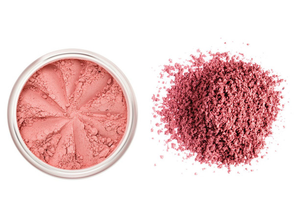 Lily Lolo Blush Ooh La La - Matte pink (mid-tone skin)
