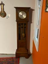Quarter chime English 8 day oak clock
