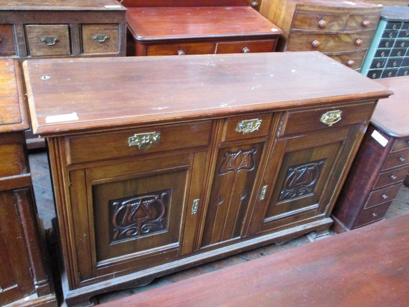 Walnut arts and crafts 2 door sideboard base unrestored condition