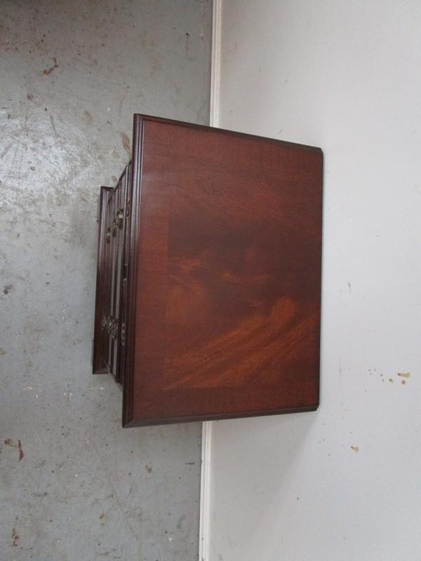 Small mahogany dressing chest