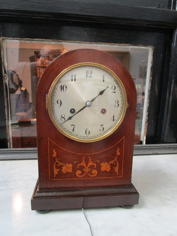 Sheridan revival beehive mantle clock