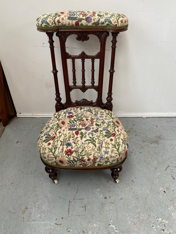 French walnut antique prayer chair