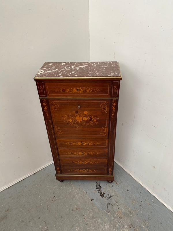 Outstanding French secretaire chest in rosewwod with exquisite inlays