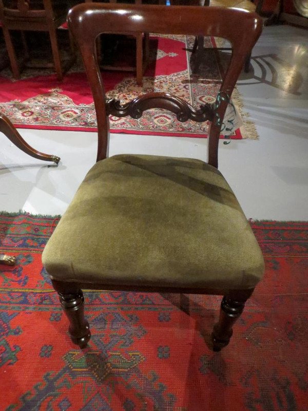 A set of 6 Early Victorian dining chairs