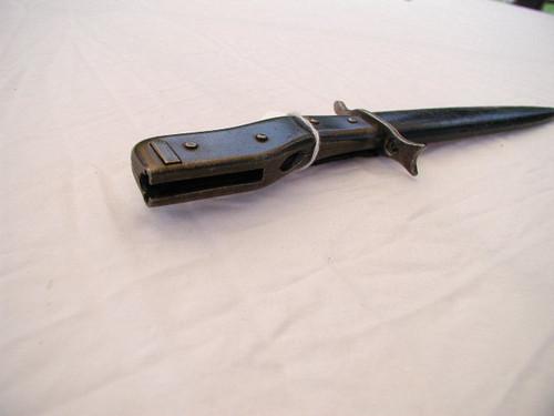 Trench Knife Bayonet.Marked GESETZLICH andGESCHUTZT. #756