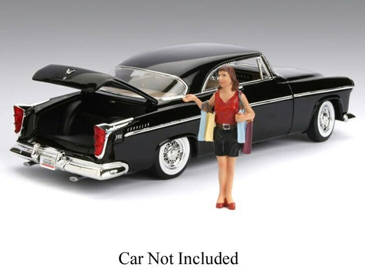 American Diorama American Diorama Figure from the 50s - Susan 1/18 w/Shopping Bags 118 Scale Diecast Model by American Diorama AD77724