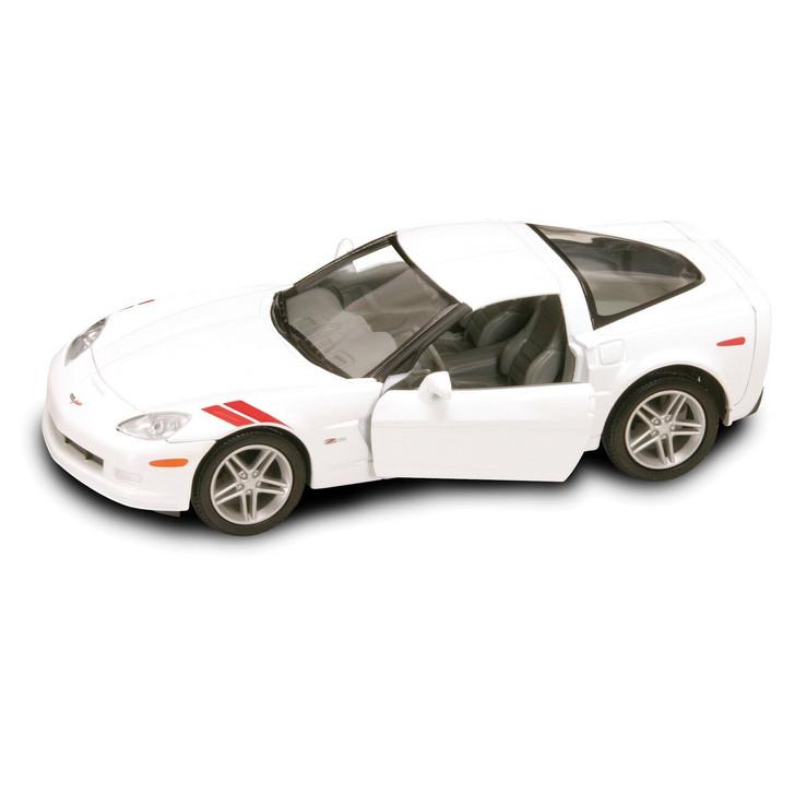 Road Signature 2007 Corvette Z06 - White 124 Scale Diecast Model by Road Signature 20393NX