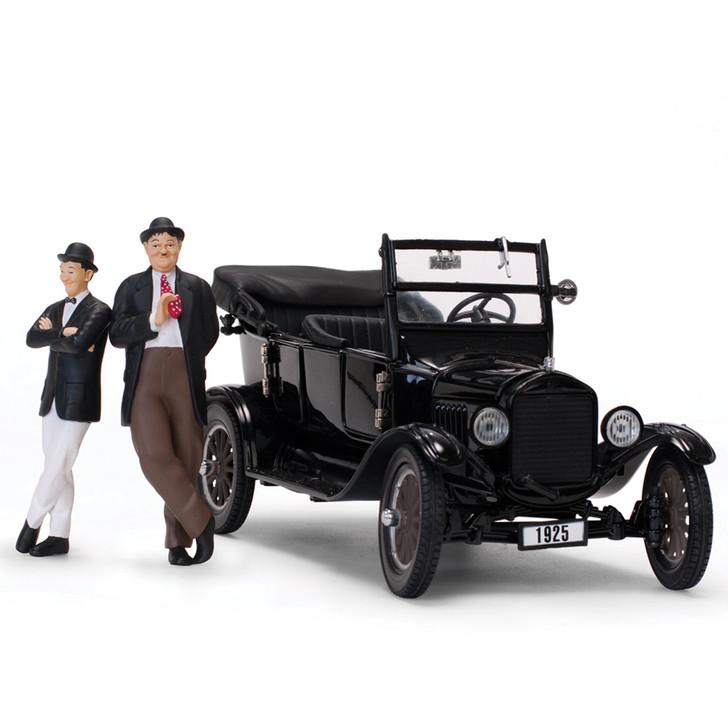 Laurel & Hardy 1925 Ford Model T 1:24 Scale Diecast Replica Model