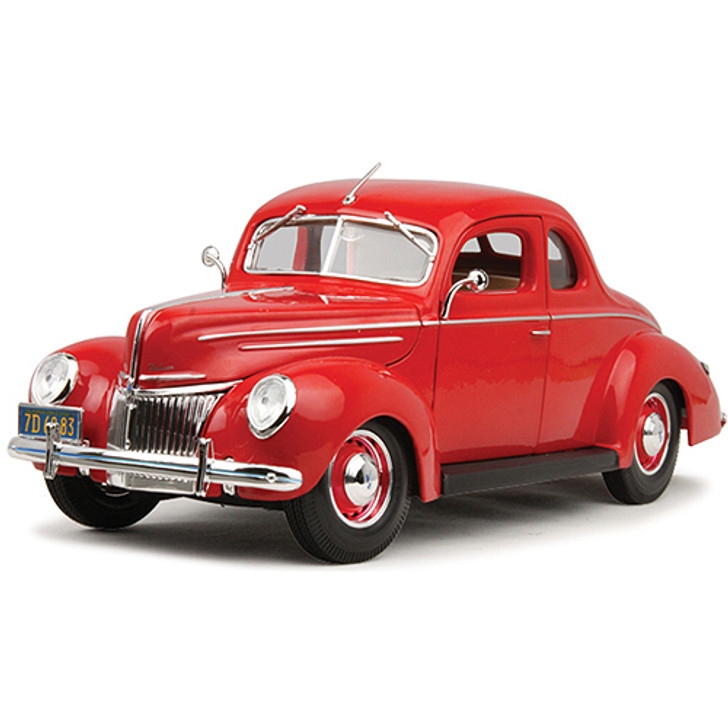 1939 Ford Deluxe Coupe - red Main Image