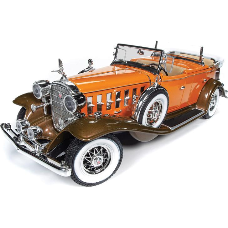 1932 Cadillac V-16 Phaeton 1:18 Scale Diecast Model by Auto World Main Image