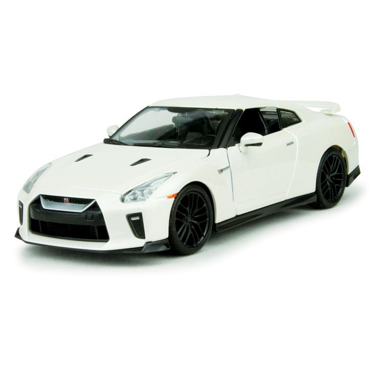 2017 Nissan GT-R - White 1:24 Scale Diecast Model by Bburago Main Image