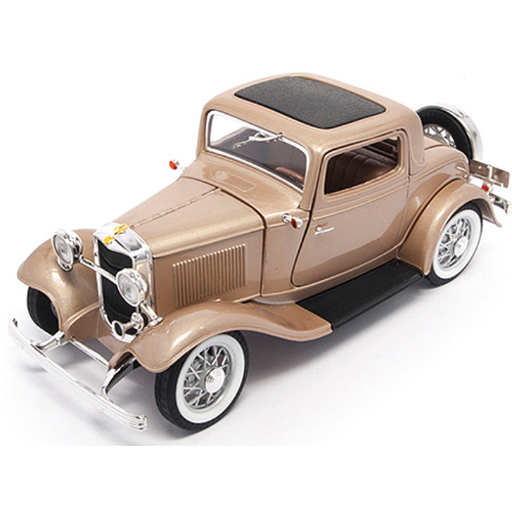1932 Ford 3-Window Coupe Main Image
