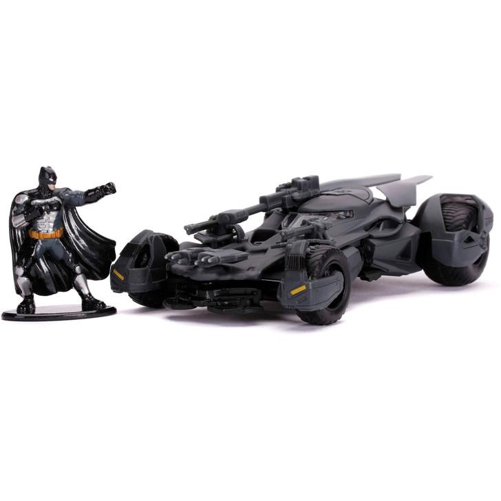 2017 JUSTICE LEAGUE BATMOBILE W/BATMAN Main Image