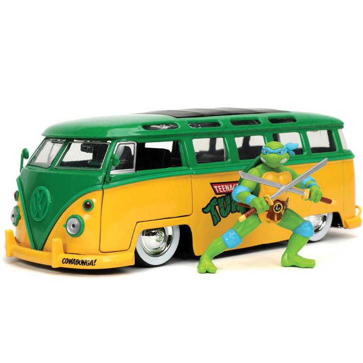 1962 Teenage Mutant Ninja Turtles VW Bus - Leonardo Main Image