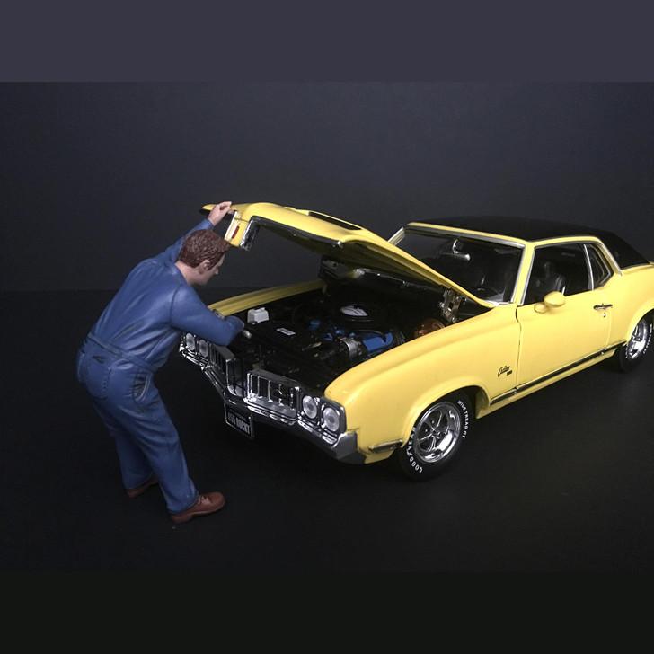 Mechanic - Frank Under the Hood Main Image