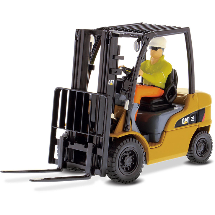 Caterpillar CAT DP25N Lift Truck 1:25 Scale Diecast Model by Diecast Masters Main Image