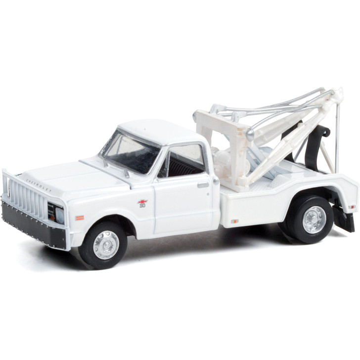 1968 Chevrolet C-30 Dually Wrecker - White 1:64 Scale Diecast Model by Greenlight Main Image