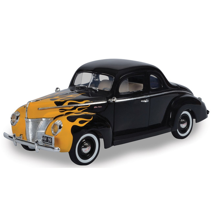 Motormax 1940 Ford Deluxe Hot Rod 118 Scale Diecast Model by Motormax 19985NX 661732310845
