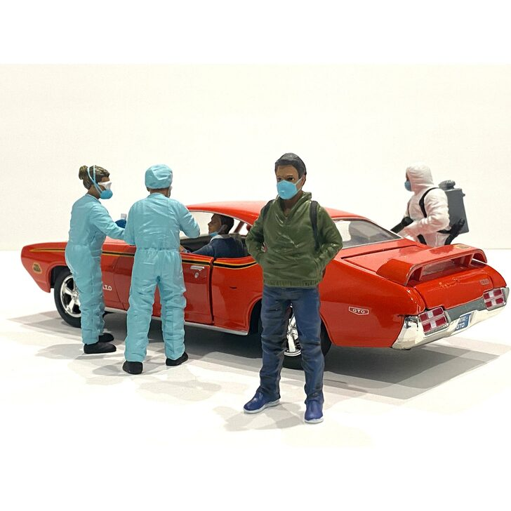 1:18 Hazmat Crew Figure - V 1:18 Scale Diecast Model by American Diorama Main Image
