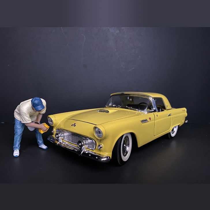 1:24 Weekend Car Show - VI 1:24 Scale Diecast Model by American Diorama Main Image