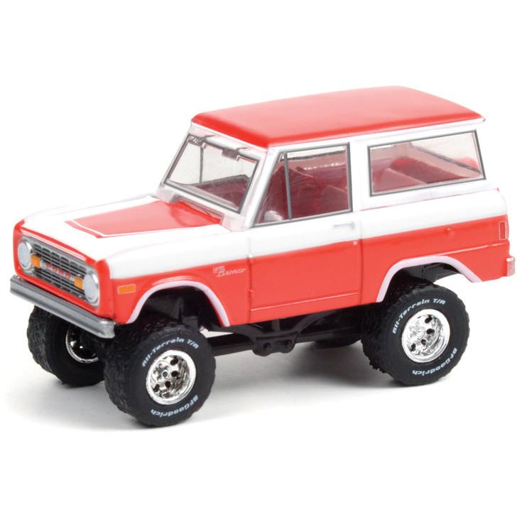1977 Ford Bronco Custom (Lot #847) - Barrett-Jackson Scottsdale 1:64 Scale Diecast Model by Greenlight Main Image