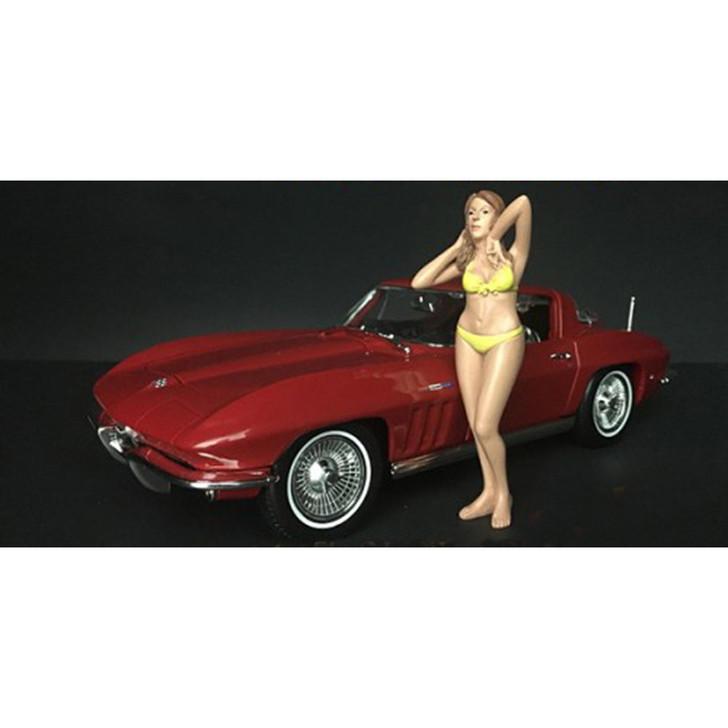 1:18 Bikini Girl - Jan 1:18 Scale Main Image